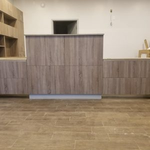 West Town Auto - Front reception desk